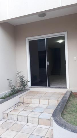 Vende-se casa duplex em condomínio - Foto 4