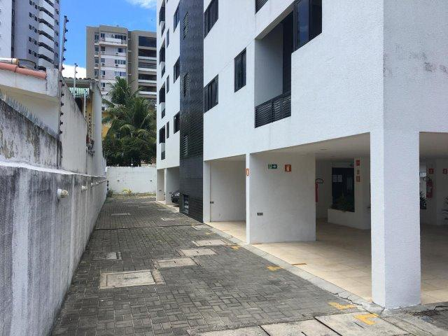 Apartamento no Farol c/ 2 quartos e 1 suíte c/ um super desconto - Foto 11
