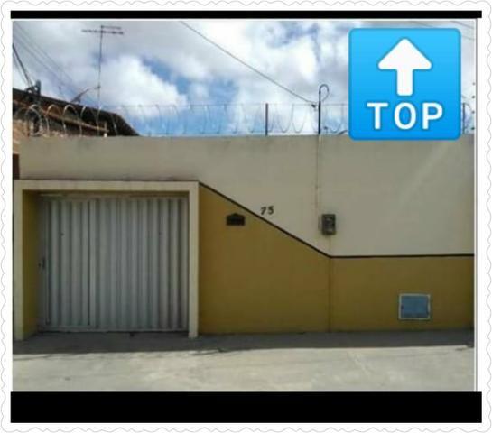 Casa plana próximo do frotinha de Messejana 7x37