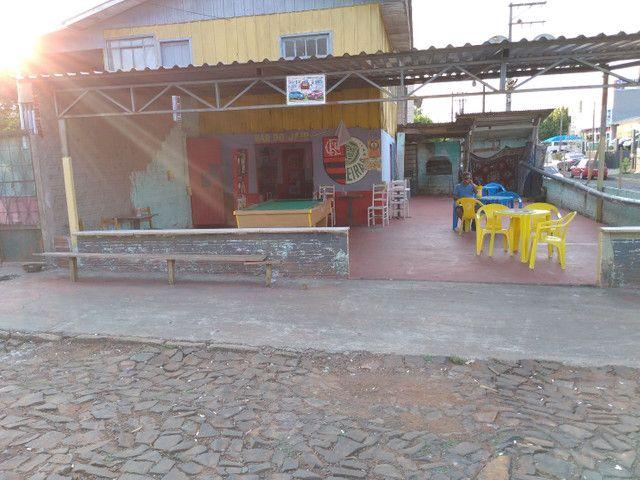 Vendo bar e mercearia em Francisco Beltrão na rua dão Pedro segundo em frente àfm  - Foto 6