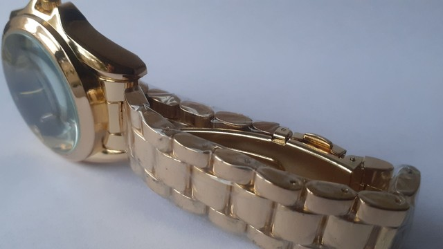 Relógio feminino analógico C.K  - Foto 3