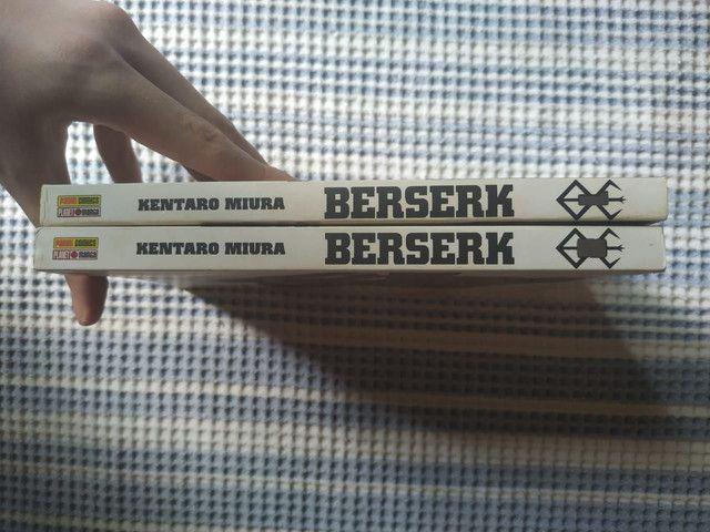 Berserk volumes 1 e 2. - Foto 2