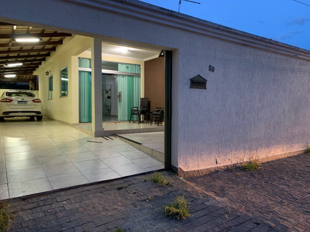 Casa com lote 360mt com 3 vagas de garagem bairro laranjeiras  - Foto 4