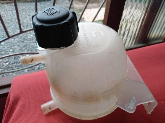 Reservatório água do radiador Clio sedan 2001/02 - Foto 2