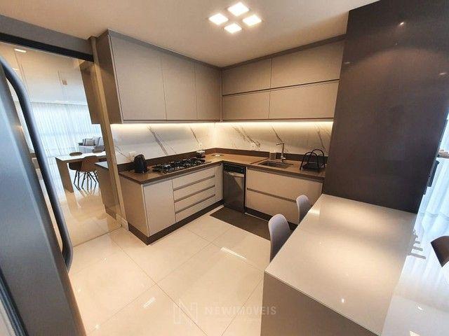 Apartamento novo 3 suítes 2 vagas em Balneário Camboriú - Foto 4