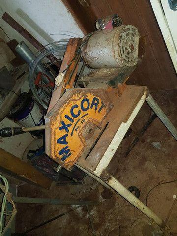 Serra de corte ferro, 1CV, com bancada, monofásico ? Maxicort - Foto 2