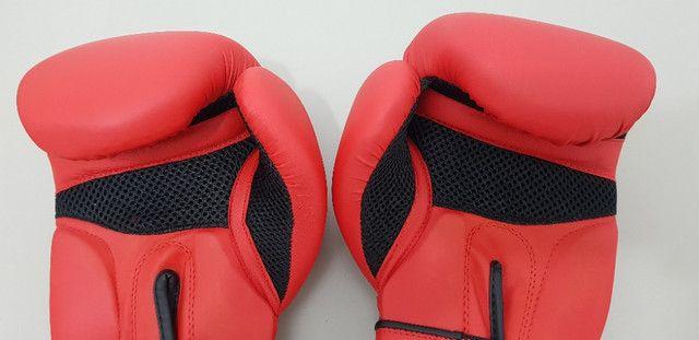 Luva de Boxe / Muay Thai Domyos - FKT 180 - 12 OZ + Bandagem - Foto 4