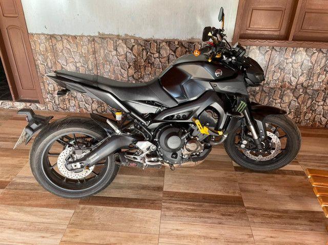 Yamaha MT 09 2020 - Foto 3