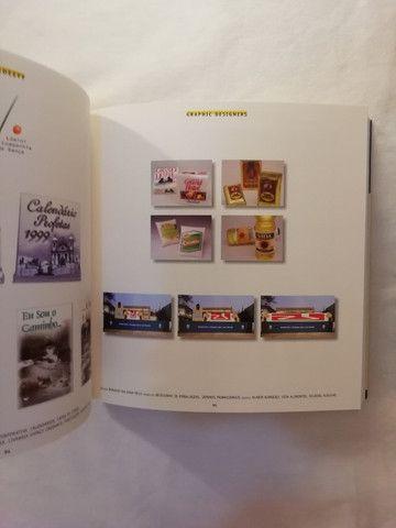 Catálogo da V Bienal de Design Gráfico da ADG - Foto 4