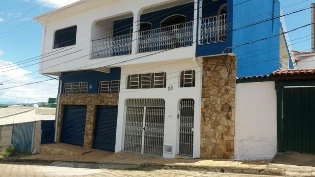 Alugo casa no bairro Cruzeiro. Pouso Alegre MG