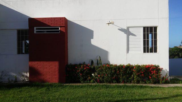 Casa em condomínio fechado no Feitosa