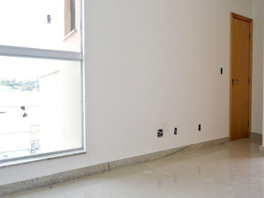 Cobertura 2 quartos no Dona Clara à venda - cod: 13650