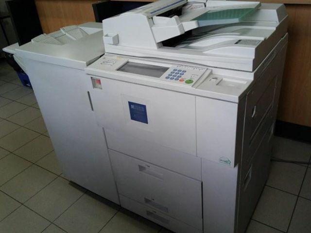 Copiadora profissional Ricoh Aficio 2060