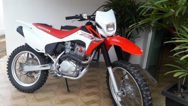 Moto Honda CRF 230 - 2017