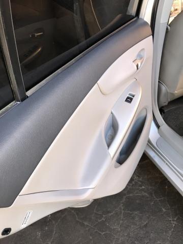 Toyota Corolla xei 13/14 Carro em excelente estado - Foto 13