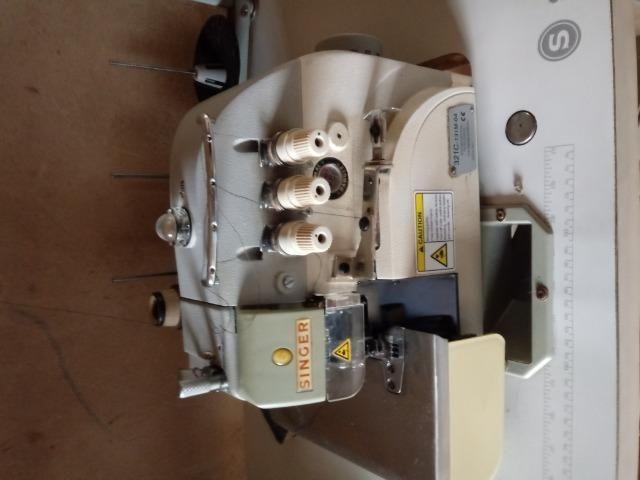 Vende se 3 máquinas de costura industrial