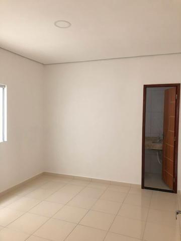 CD Fechado- 2 e 3 Dormitórios/ Poço artesiano- Parque 10/ Apenas 170 mil à vista - Foto 5