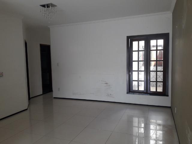 Alugo Casa em Condominio Fechado - 3 quartos - Foto 2
