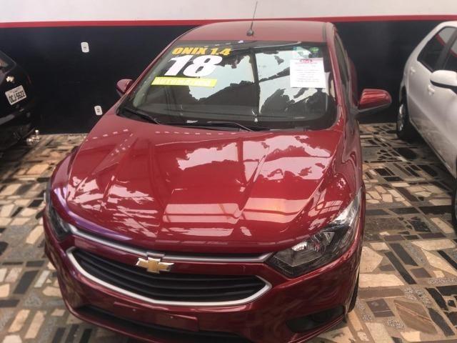 Chevrolet - ONIX 1.4 LT 2018 - Extra - câmbio automático