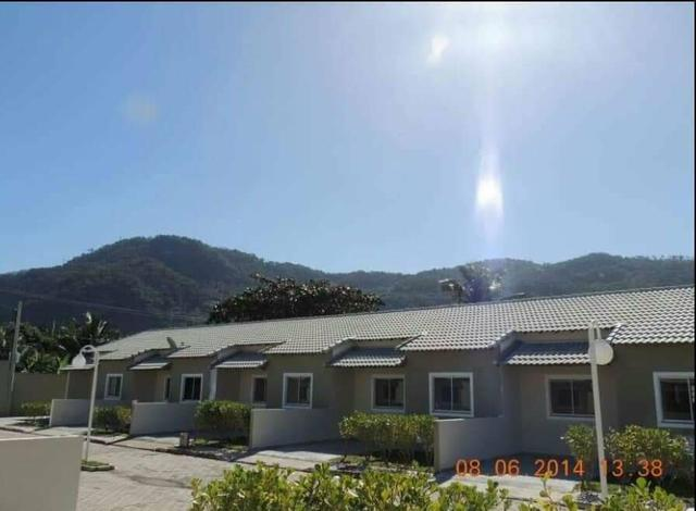 Imobiliária Nova Aliança!!! Casa Linear com 2 Quartos em Condomínio