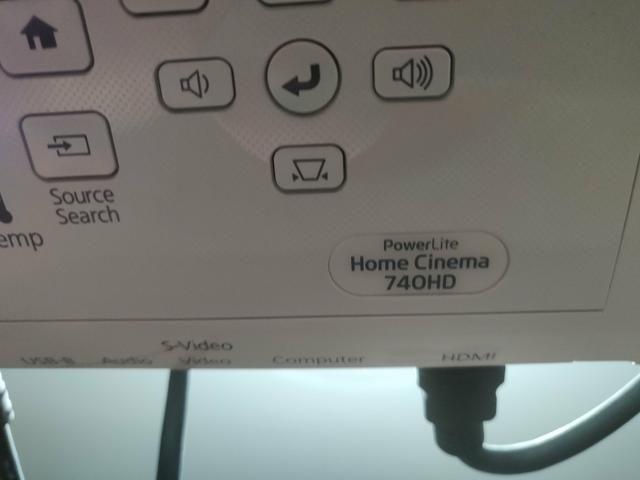 Projetor Epson 740 HD + Telão - Foto 6