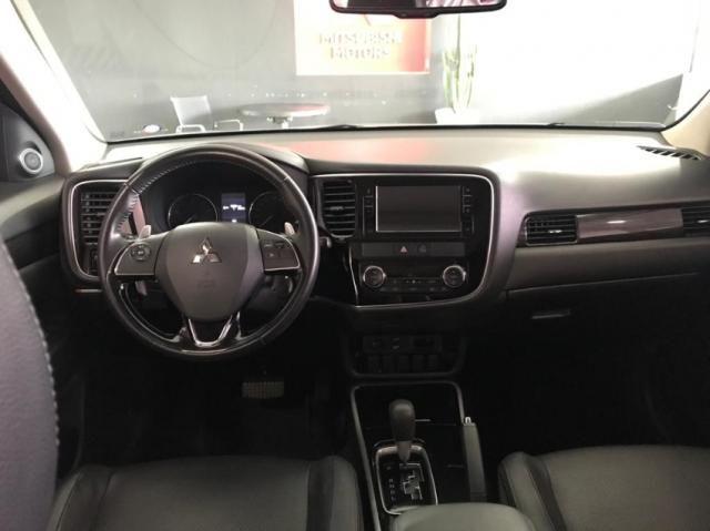 Mitsubishi Outlander 2.0 comfort 4P - Foto 6