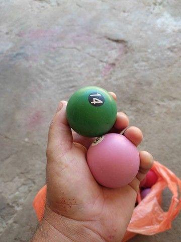 Jogo de bolas - Foto 2