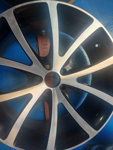 Barbada jogo rodas aro 20 topp furação 5x100 - Foto 4