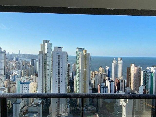 Apartamento Novo de 4 Dormitórios e 3 Vagas em Balneário Camboriú - Foto 3