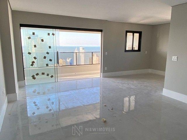 Apartamento Novo de 4 Dormitórios e 3 Vagas em Balneário Camboriú - Foto 8