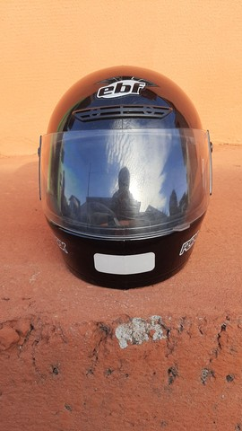 2 capacetes + 2 capas (gratuito) - Foto 5
