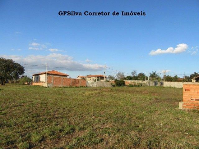 Terreno 1.000 m2 com construção água lúz internet Escritura Ref. 116 Silva Corretor - Foto 6