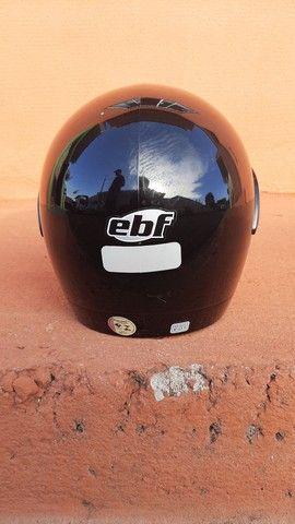 2 capacetes + 2 capas (gratuito) - Foto 3
