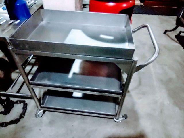 01 Carrinho Auxiliar Aço Inox 304 com 3 Bandeja para Restaurante, Hotéis e Hospitais - Foto 6