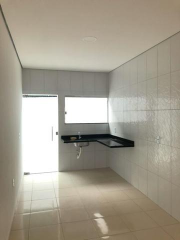 CD Fechado- 2 e 3 Dormitórios/ Poço artesiano- Parque 10/ Apenas 170 mil à vista - Foto 4