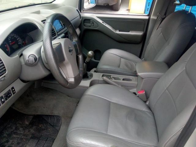 Nissan Frontier XE 2010 4x4 - Foto 8