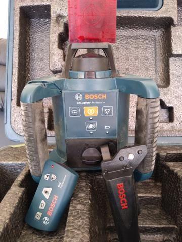 Nível a laser Rotativo Profissional BOSCH GRL250HV - Foto 4