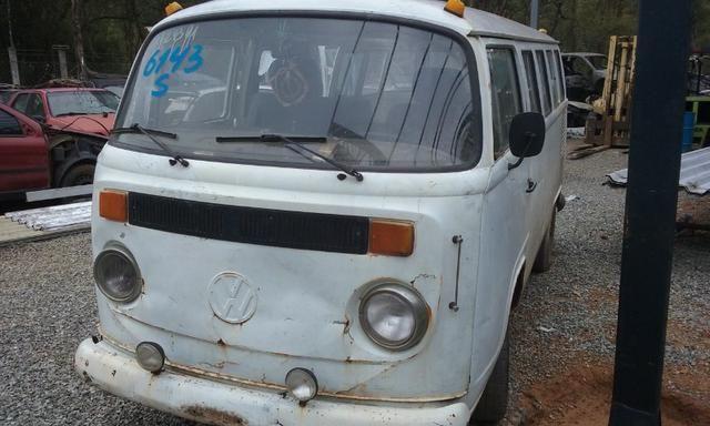 Sucata de Volkswagen Kombi Envidraçada 94/95 - Somente para Peças - Foto 2