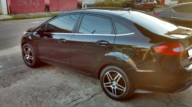 Ford New Fiesta 2011