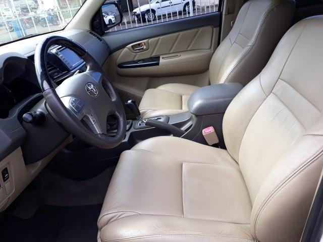 Toyota Hilux - Foto 9