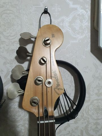 Fender Jazz Bass Mexicano 2004 - Foto 3