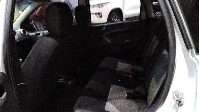 Ford Fiesta Sedan SE 1.6 - Foto 9
