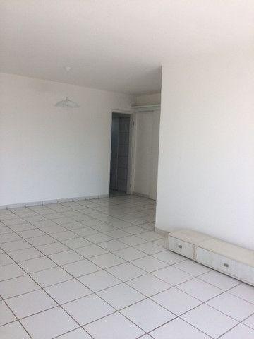 Apartamento na Imbiribeira, com 02 quartos/dependência, no último andar e muito ventilado - Foto 4