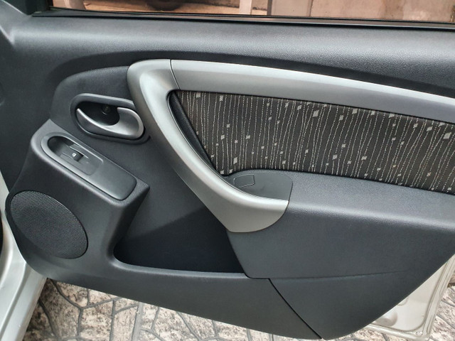 Renault Logan 1.6  - Foto 8