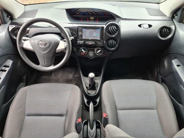 Toyota Etios 1.3X Completo + Multimidia / 2014 ! - Foto 7