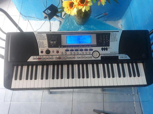 Teclado super conservado perfeito e só ver a foto Yamaha psr550