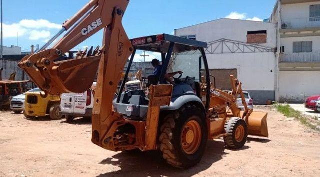 RETRO CASE 580M 4×2 ano2011
