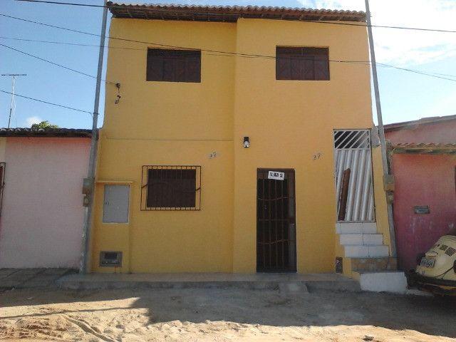Vende-se ou troca-se 1 andar sendo 2 casas no planalto - Foto 8