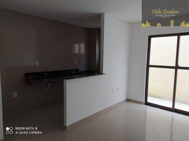 Apartamento térreo nos Bancários com 2 quartos, sendo 1 suíte e área privativa - Foto 6
