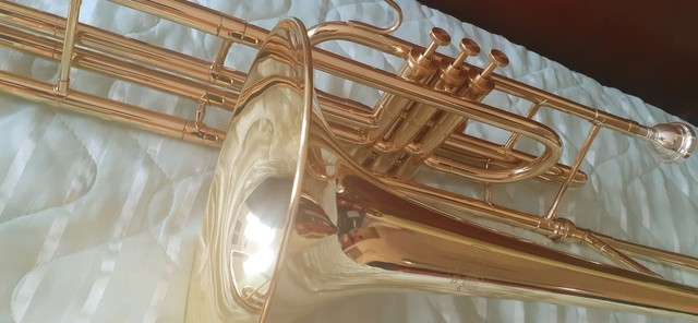 Trmbone novo Weril curto F671 si bemol 5 anos de garantia, espetáculo de instrumento - Foto 4